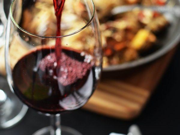 L'armoire à vin : indispensable pour bien conserver ses grands crus